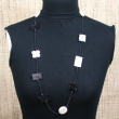 Collier long en corne