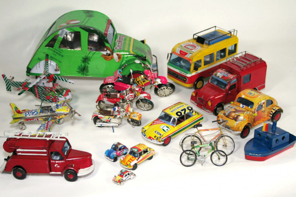 Vehicles made from recovered materials voir en grand cette image